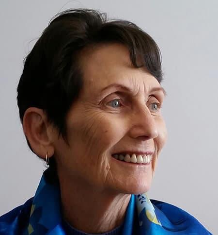 Vicki Bowden